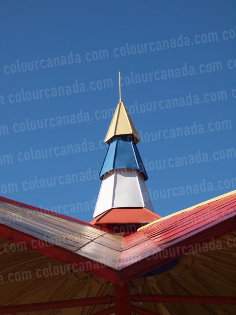 Retro Colourful Roof Line | Cheap Stock Photo