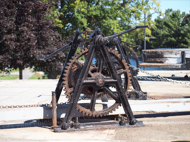 Hand Winch at Rideau Canal Lock | Cheap Stock Photo