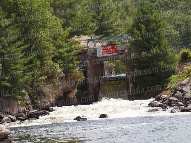 Danger Dam | Cheap Stock Photo