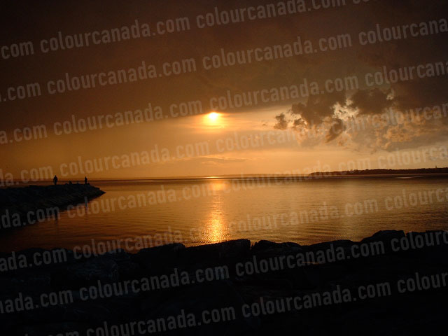Golden Sunset on the Water | Cheap Stock Photo