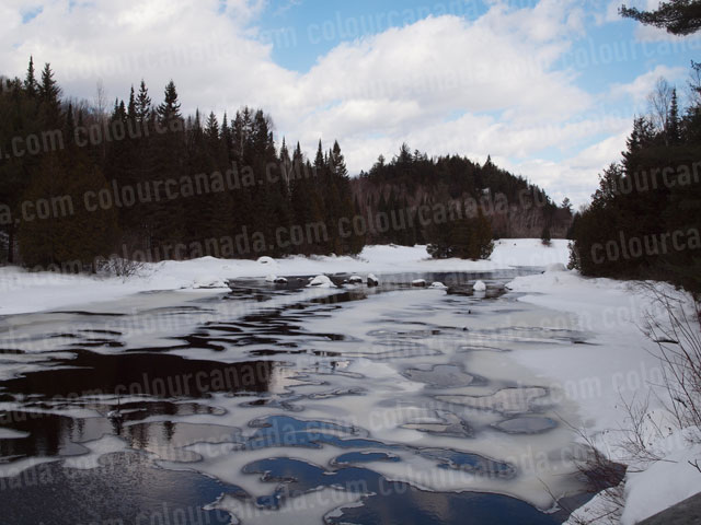 Ice Mosaic Pattern on River | Cheap Stock Photo