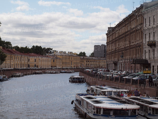 St. Petersburg Canal (1) | Cheap Stock Photo