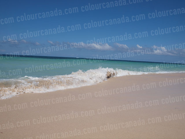 Waves on Beach (4) | Cheap Stock Photo