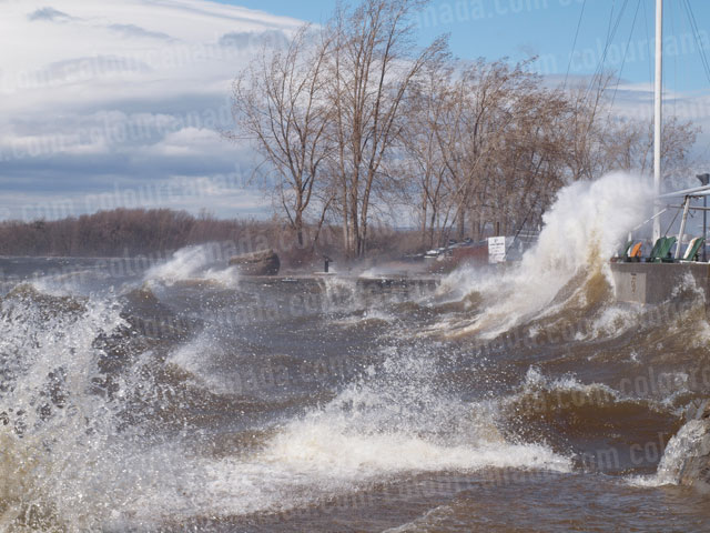Wind and Waves Flood over Wall | Cheap Stock Photo - Click Image to Close